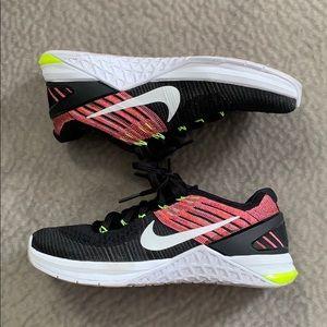 Metcon DSX Flyknit Women's Training Shoe